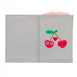 """Обложка на паспорт с принтом """"Влюбленная вишня"""""""