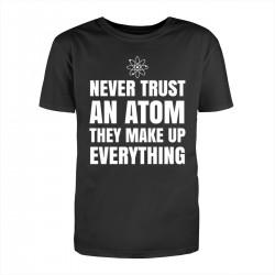 """Футболка с принтом """"Never trust"""""""