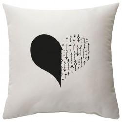 """Подушка с принтом """"Сердце со стрелками-4"""""""